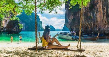 In Thailand herrscht im November ein angenehm warmes Klima, sodass man schnell die herbstlich-winterliche Kälte vergisst. (#03)