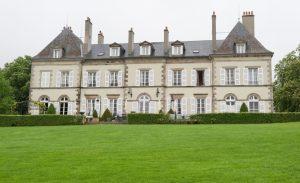 Es muss ja nun wirklich nicht immer ein Schloss sein. Könnte es aber! Das Chateau d'YGrande ist eines der schönsten Hotels der Auvergne. (#8)