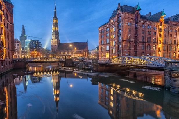 Die wichtigen Sehenswürdigkeiten befinden sich allerdings im Zentrum von Hamburg.(#02)