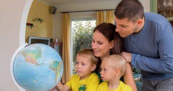 Fernreisen mit Kindern mit kleinem Budget – so klappt's