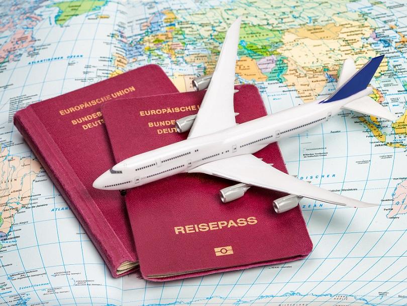 Wichtig, mega wichtig für Flüge mit Kindern denkt auch an die Unterlagen für die Kleinen