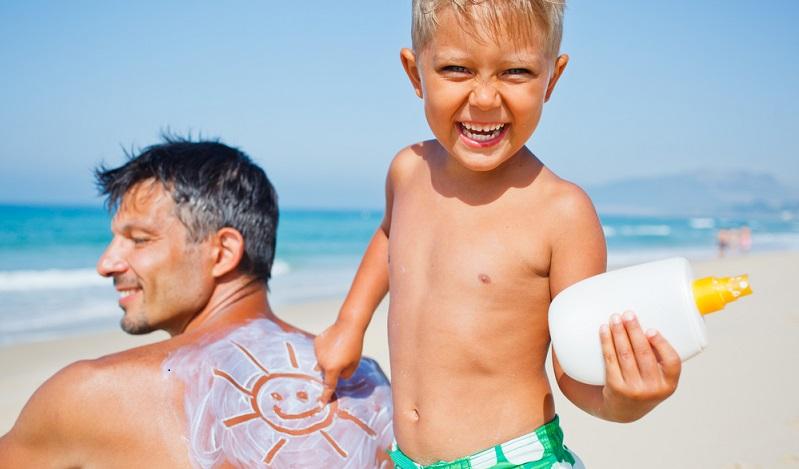 Der Impfschutz braucht gegebenenfalls eine Erneuerung, die rechtzeitig vor dem Urlaub durchgeführt werden muss. (#01)