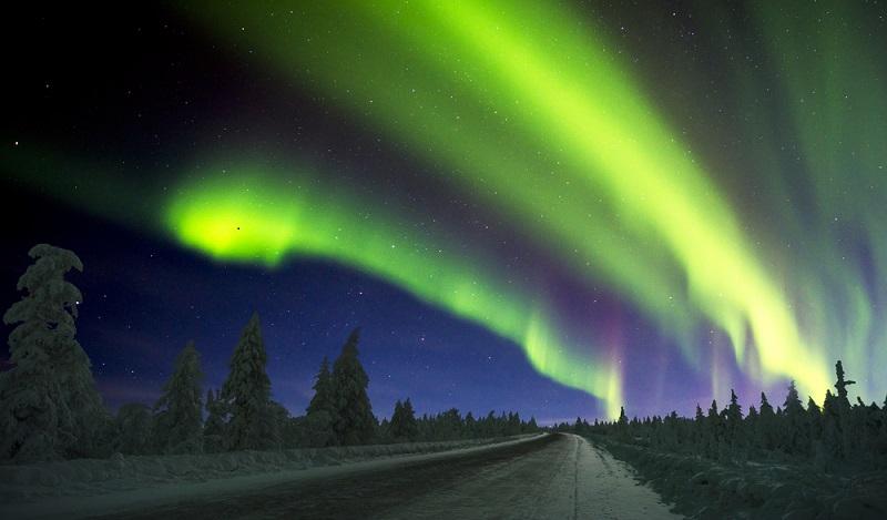 """Wenn ein Land der Erde in die Kategorie """"Kalte Länder"""" passt, dann ist es Grönland. Zeit zum Sterne- und Polarlichtergucken. (#03)"""