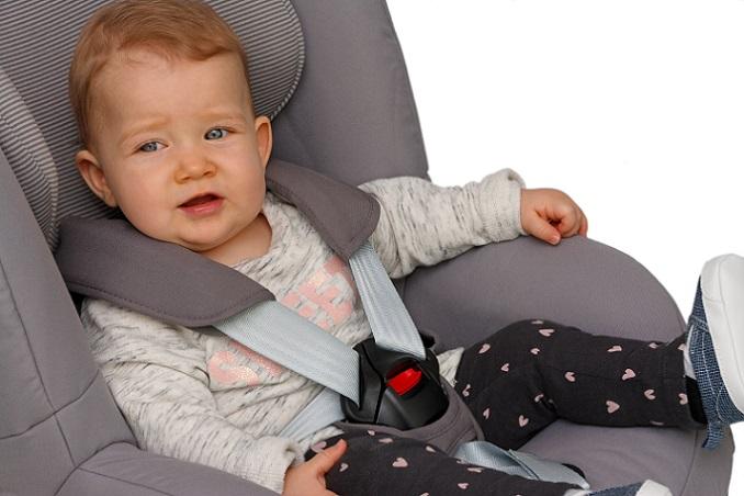 Nicht allen Eltern ist es möglich, einen neuen Kindersitz zu kaufen , viele sind gezwungen auf einen gebrauchten auszuweichen . Natürlich gibt es durchaus Kindersitze, die neu recht günstig sind.