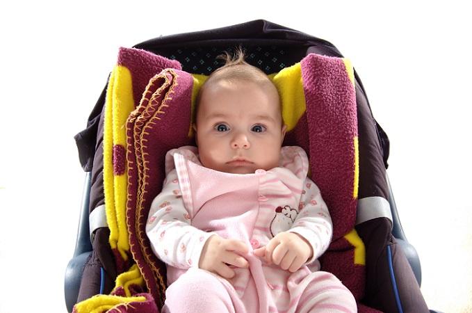 Große Probleme können bei einem gebrauchten Kindersitz die Verschleißteile mit sich bringen. Denn selbst sehr hochwertige Kindersitze zeigen irgendwann die ersten Verschleißerscheinungen, die natürlich einen Einfluss auf die Sicherheit haben. (#02)