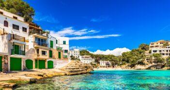 Spanienurlaub mit der Familie: In Miami Playa ein Ferienhaus mieten