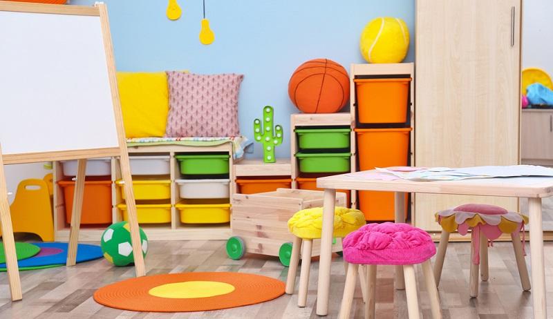 """Es gibt nicht """"die Ideen"""", die die besten sind und für alle Kinder gleichermaßen gelten. Gestalten Sie das Spielzimmer am besten ganz individuell und nehmen Sie auf Interessen und besondere Wünsche des Kindes Rücksicht. (#02)"""