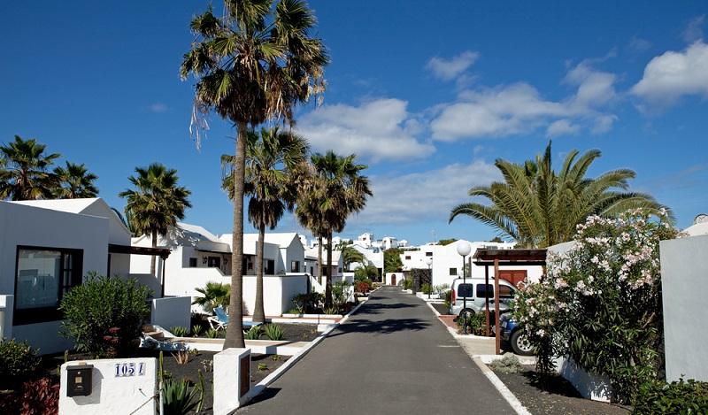Die Insel Lanzarote bietet alles, was man sich für einen Strandurlaub im Oktober wünschen kann. (#03)