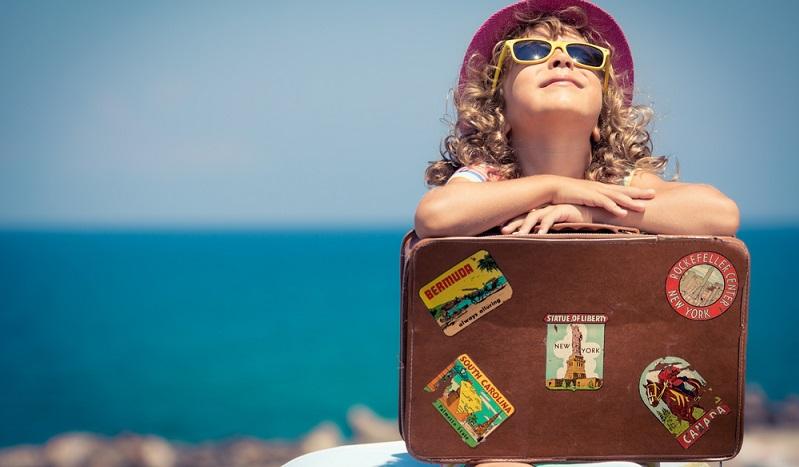 Die Planung sagt, dass noch ausreichend Zeit ist, mit dem Vorschulkind zu verreisen. Doch was ist jetzt angebracht?
