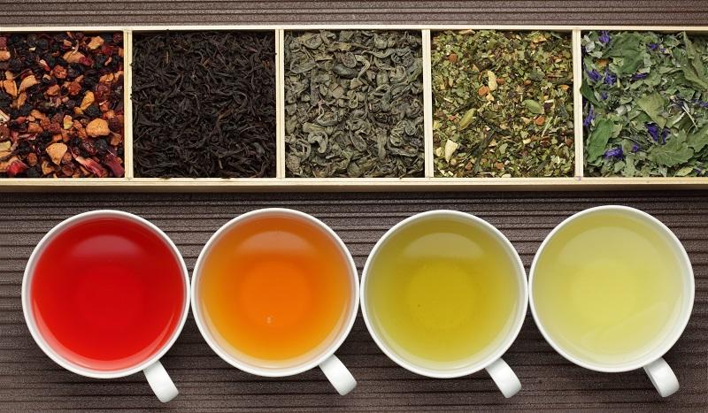 Tees sind nicht mit Zucker versetzt und sind so auch im Sommer das optimale Getränk. (#05)