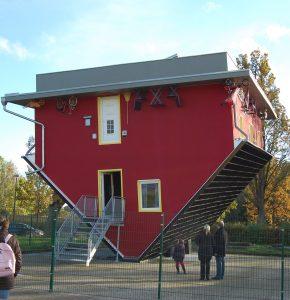 """Skurril ist zum Bespiel das """"verrückte Haus"""" in Trassenheide auf Usedom. (#05)"""